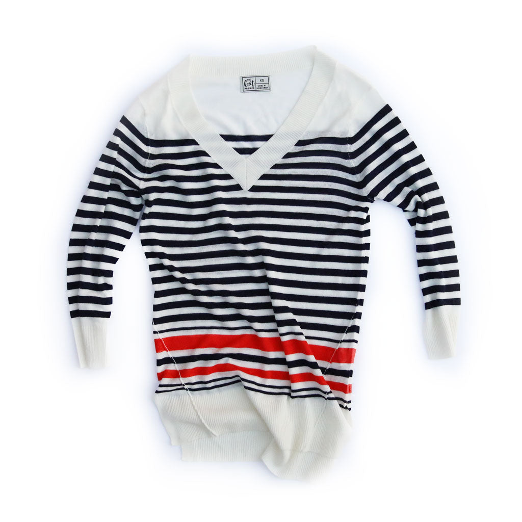 Women's Contrast Striped V-Neck Sweater - Bird's Eye