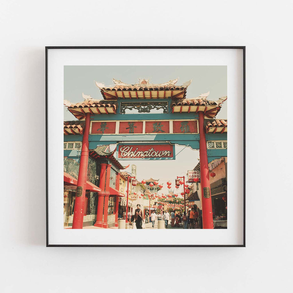 Photograph of the entrance to Chinatown in Los Angeles