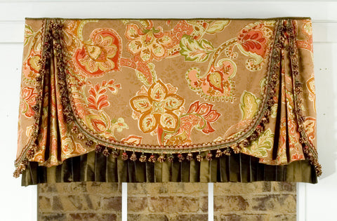 Madelyn Valance by Pate Meadows