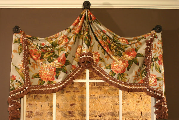 Pull Up Valance By Pate Meadows Hangs On Decorative Knobs Easy