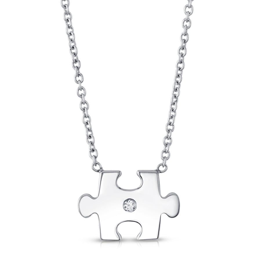 Puzzled Pendant in White Gold