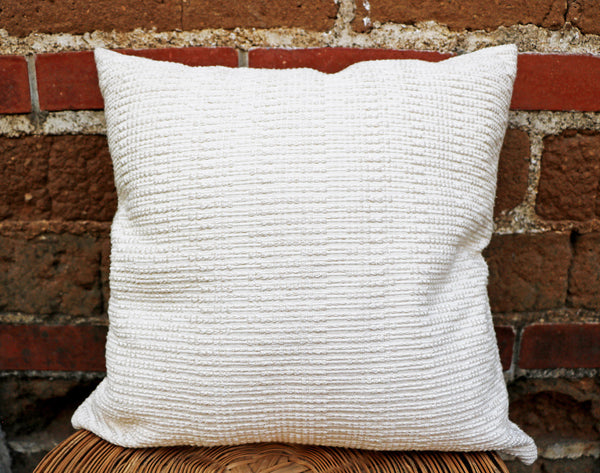 Perla Pillow