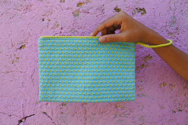 Robin's Egg Simple Clutch in Citron