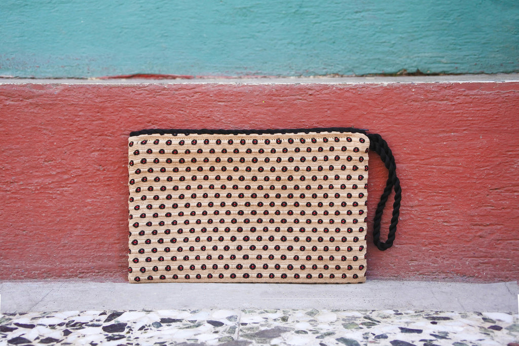 Quarry Simple Clutch in Milano Plaid