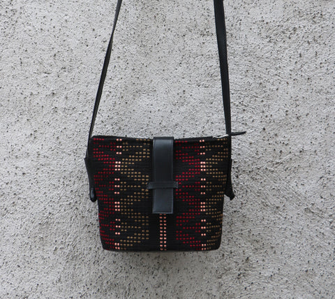 Tukan Small Shoulder Bag