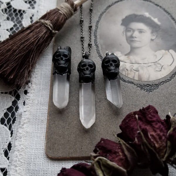 Quartz Skull Necklace - Black Copper