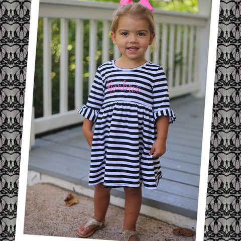 Black and White Stripe Knit Short Sleeve Dress