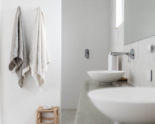 Linen bath towels