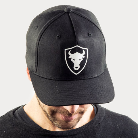 FC - Shield Bull Fitted Cap