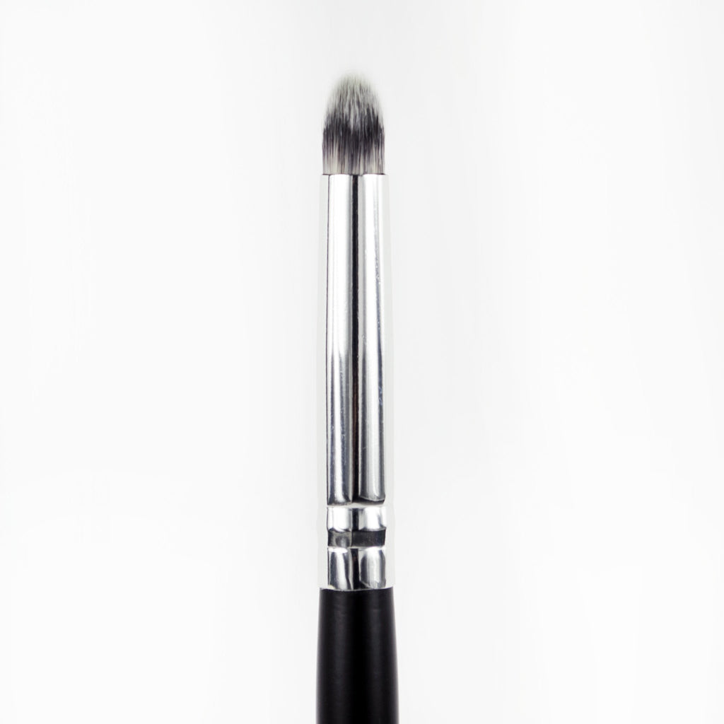 Au Naturale Crease Shadow Brush