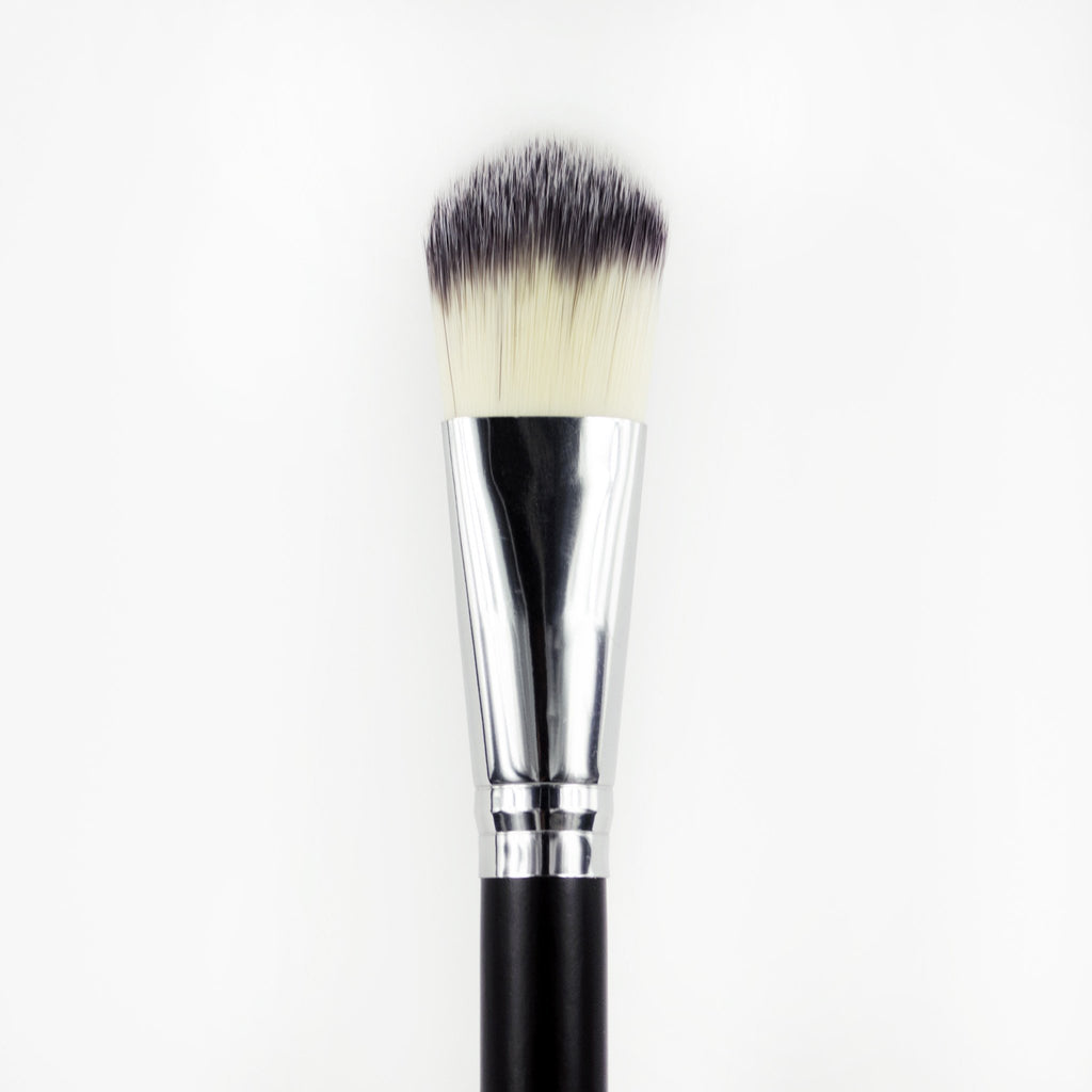 Au Naturale Creme Foundation Brush