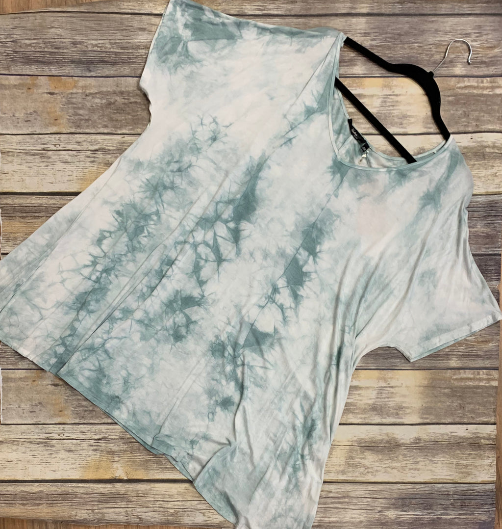 Curvy Short Sleeve Wash Dye Tie-Dye Tunic