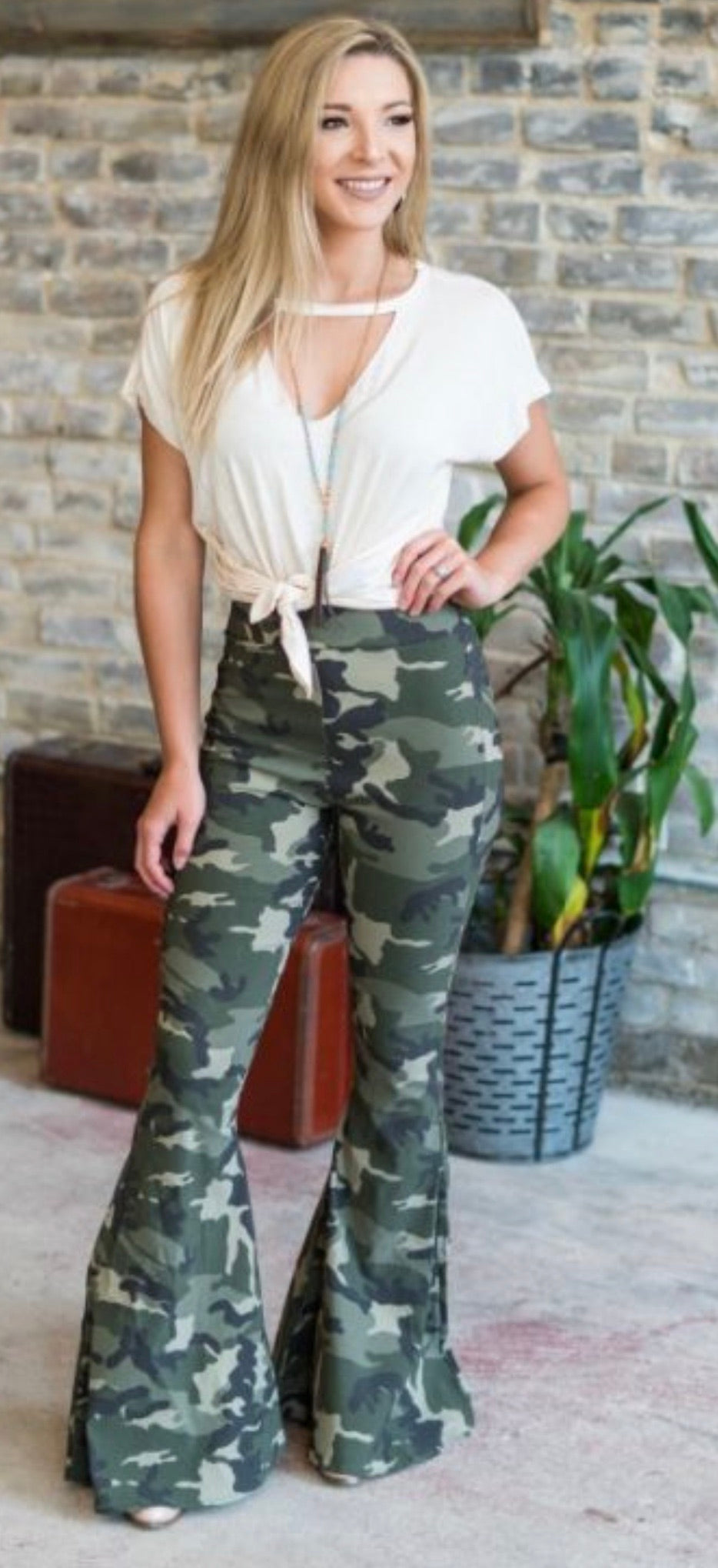 Camo Flare Pants - Blush Boutique Bremen