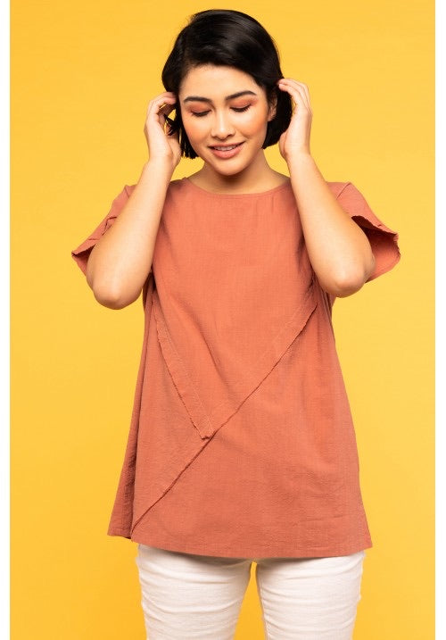 SHORT SLEEVE TOP WITH RAW EDGE DETAIL