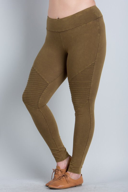 CURVY COLLECTION MINERAL WASH MOTO LEGGINGS - Blush Boutique Bremen