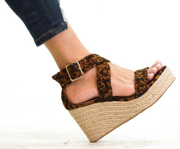 Braided Leather Wedged Sandal - Blush Boutique Bremen