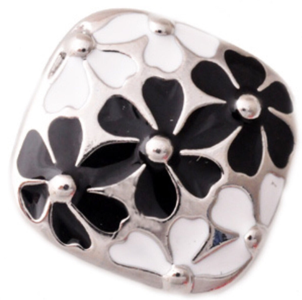 Flower Patch Black Snap Charm