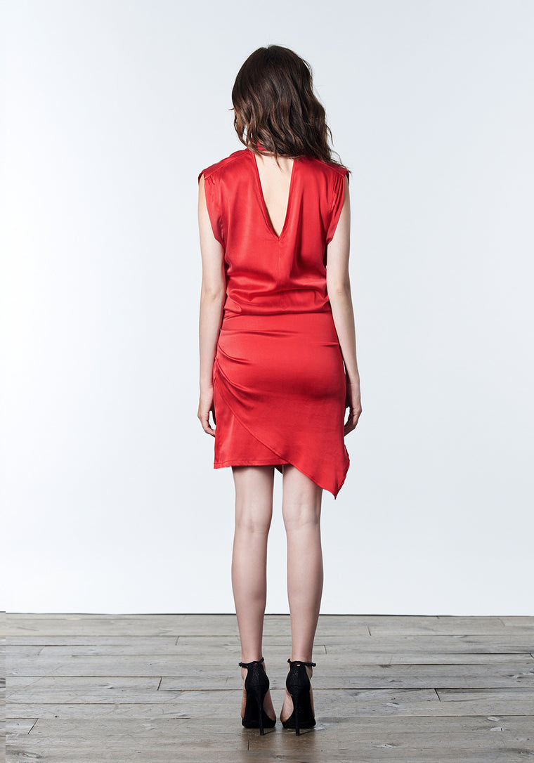 Fire red short cocktail dress with choker.