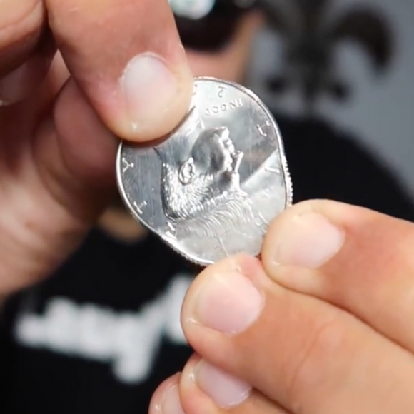 Magic Stretch Trick Coins
