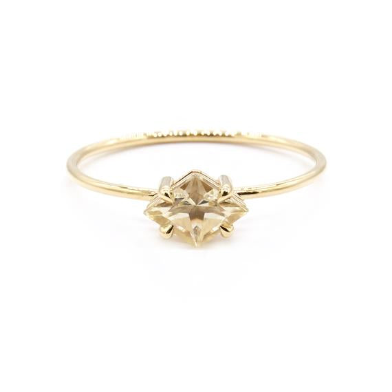 Natalie Marie Mai Ring, Gold