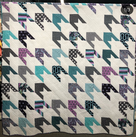 QUILT #2 - ALMOST HOUNDSTOOTH