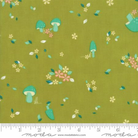 Woodland Secrets Sprig - Field Light Green - Moda