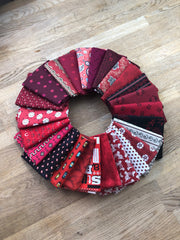 25 Shades of Red Fat Quarter Bundle