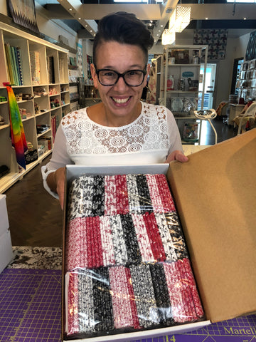 25 Black & White & Red Fat Quarter Bundle