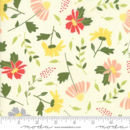 Moda Fabrics - Clover Hollow - Large Floral - Ivory