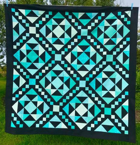 Two Colour Quilt Challenge (May 25 - Jun 5)