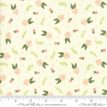 Moda Fabrics - Clover Hollow - Small Floral - Ivory