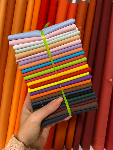 25 Basic Solids Fat Quarter Bundle