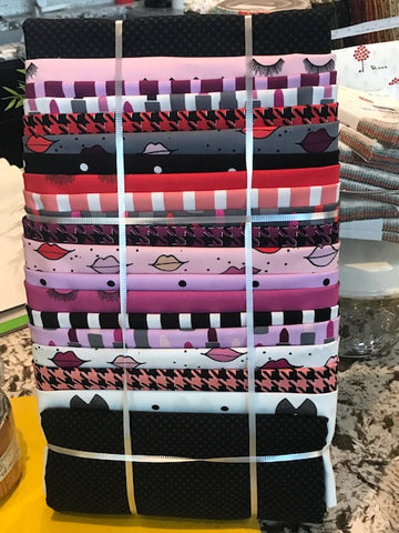 Almost Houndstooth Quilt Kit with Kiss me, Kate fabric
