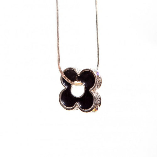 Club Flower Necklace