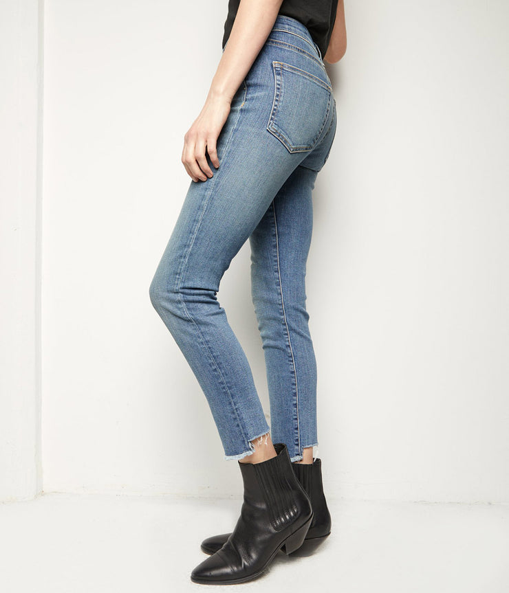 High Rise Skinny Jeans in Ocean Wash