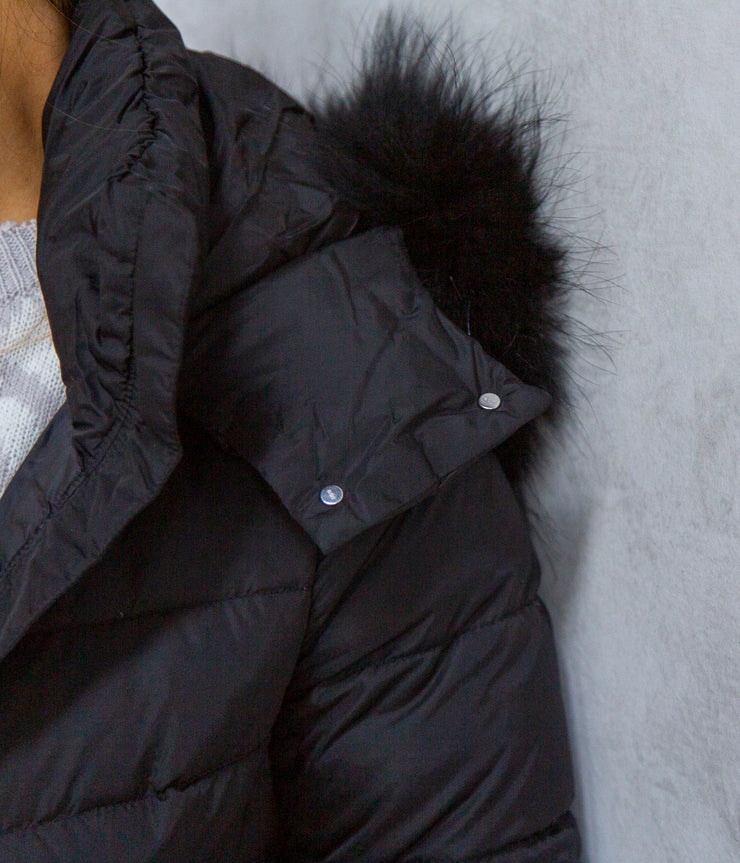 Down Coat with Detatchable Hood and Fur in Black
