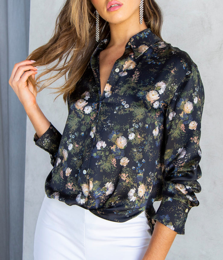 Rosefiled Shaped Collar Blouse in Petal Glow