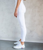 The Mila Jeans in White