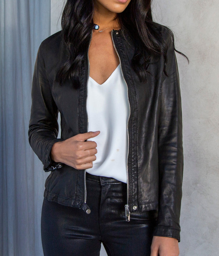 Tailored Jacket Natural Leather in Black