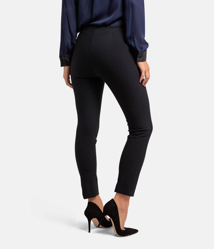 Stitch Front Seam Black Legging