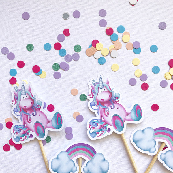 Cake - cupcake toppers - unicorns and rainbows