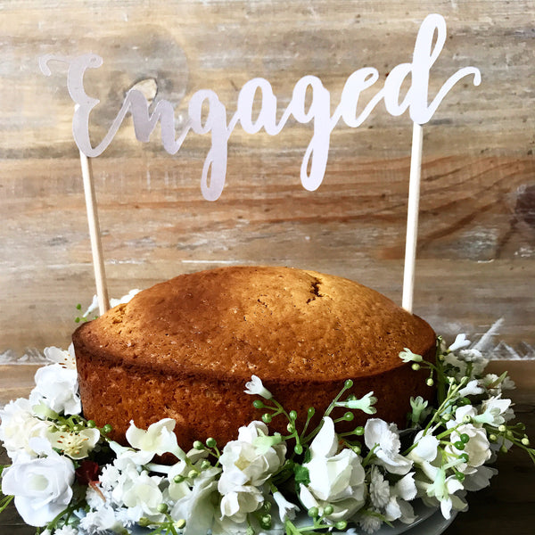 Cake Topper - engaged