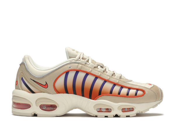 NIKE AIR MAX TAILWIND IV DESERT ORE/TEAM ORANGE-CAMPFIRE ORANGE