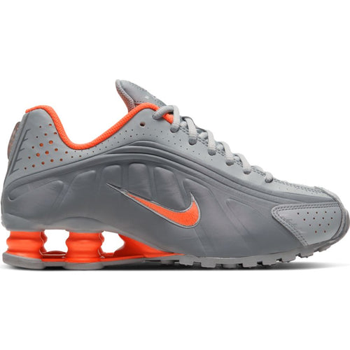NIKE SHOX R4 (GS) LT SMOKE GREY/HYPER CRIMSON
