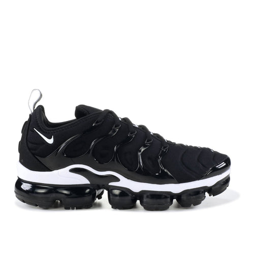 NIKE Air Vapormax Plus, Black/ White-OZNICO