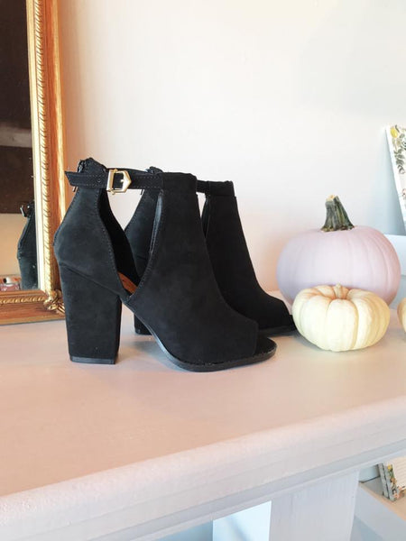 BLACK CUTOUT BOOTIE SHOE-Lydia LLC
