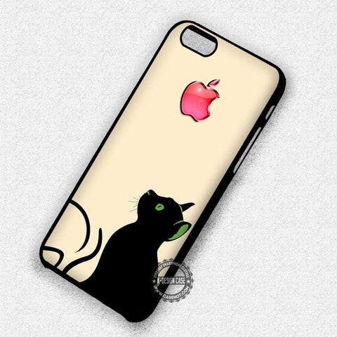 A Cat Looking Up What's That Ready To Jump - iPhone 7 6 5 SE Cases & Covers