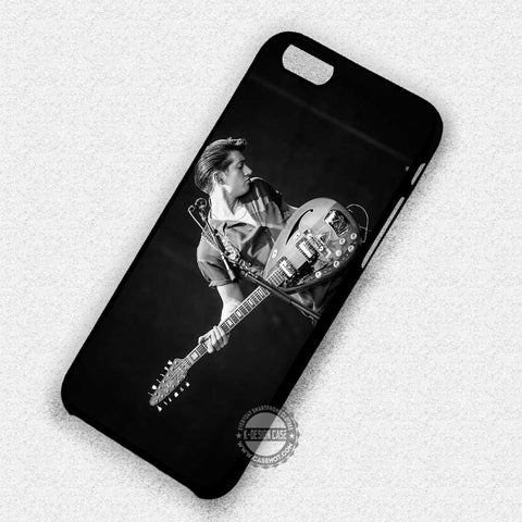 Alex Turner And Guitar- iPhone 7 6 5S SE4 Cases & Covers - samsungiphonecases