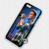 Liam Payne Singing on Stage - iPhone 7 6 Plus 5c 5s SE Cases & Covers
