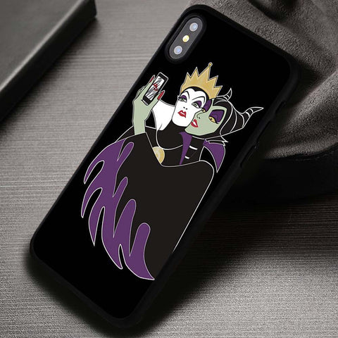Villains Taking Picture - iPhone X Case